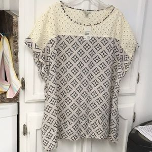 Blouse- CATO 22/24W NWT